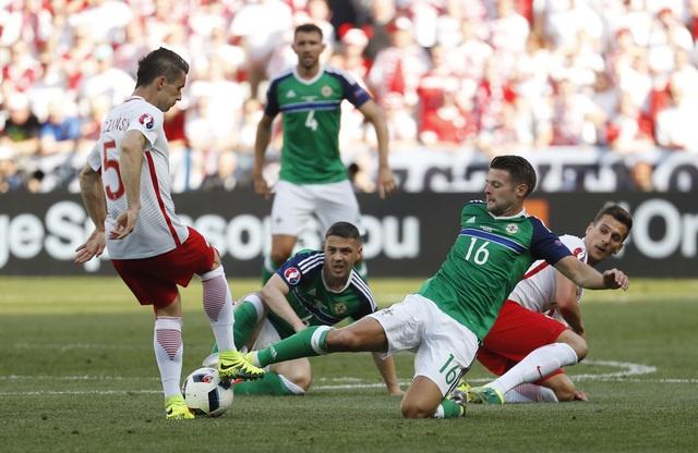 Ba Lan 1-0 Bac Ireland: Chien thang dau tay cua 'Dai bang' hinh anh 16