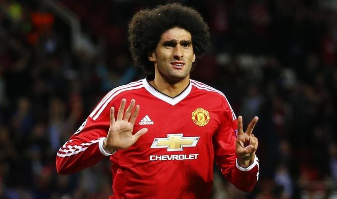 Lo tin nhan bi mat Mourinho gui cho Fellaini hinh anh