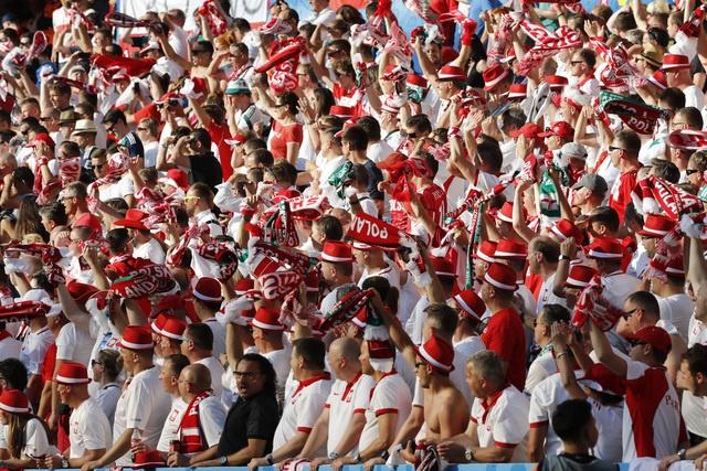 Ba Lan 1-0 Bac Ireland: Chien thang dau tay cua 'Dai bang' hinh anh 21