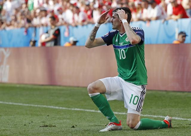 Ba Lan 1-0 Bac Ireland: Chien thang dau tay cua 'Dai bang' hinh anh 22