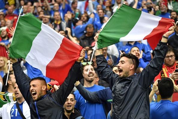 Italy vs Bi (2-0): Ha guc 'tieu quy' hinh anh 12
