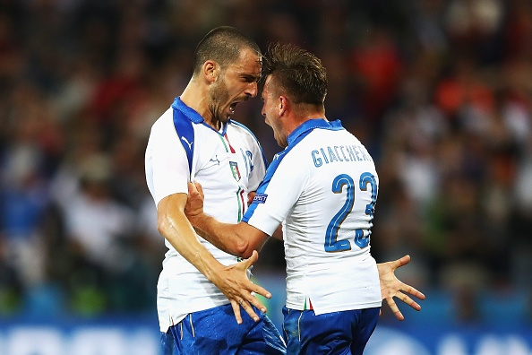 Italy vs Bi (2-0): Ha guc 'tieu quy' hinh anh