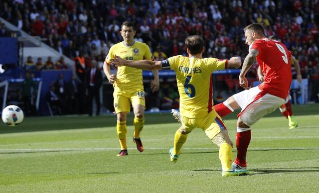 Romania vs Thuy Si (1-1, KT): Hay khong bang hen hinh anh 13
