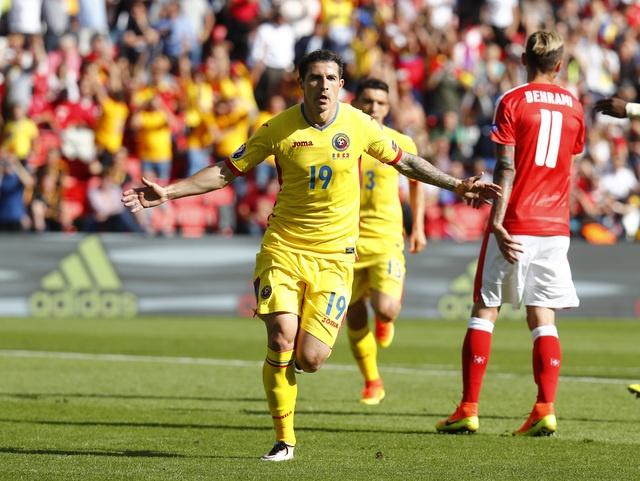 Romania vs Thuy Si (1-1, KT): Hay khong bang hen hinh anh 15