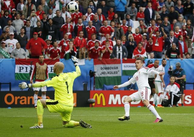 Ao vs Hungary (0-2): Phoi ao ngay ra quan hinh anh 30