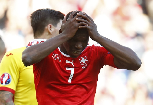 Romania vs Thuy Si (1-1, KT): Hay khong bang hen hinh anh 24