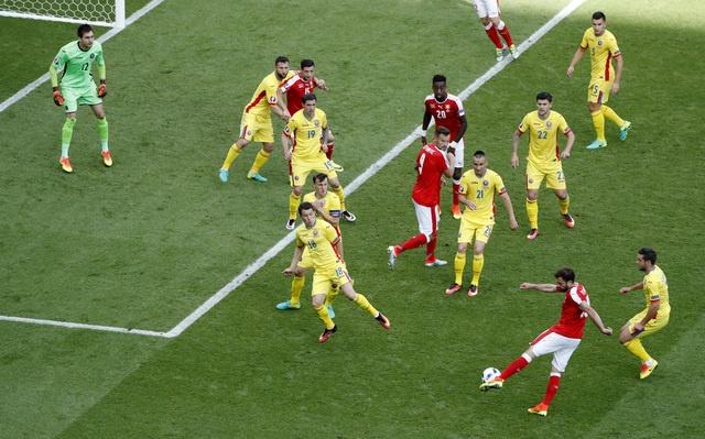 Romania vs Thuy Si (1-1, KT): Hay khong bang hen hinh anh 21