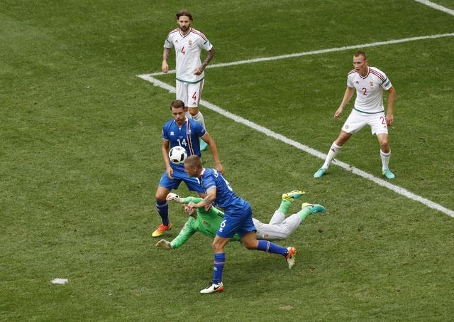 Truc tiep Iceland vs Hungary anh 21