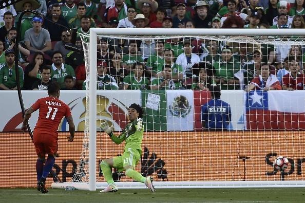 Mexico vs Chile (0-7): Dang cap nha vo dich hinh anh 10