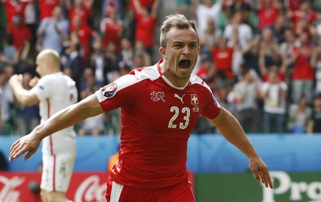 Ba Lan gianh ve vao tu ket sau loat penalty can nao hinh anh 25