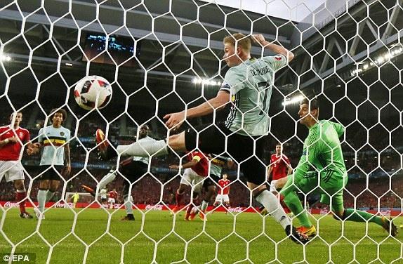 Nguoc dong ngoan muc, Bale hen Ronaldo o ban ket hinh anh 21
