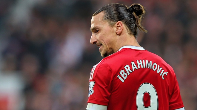 MU cong bo so ao: Ibrahimovic duoc trao so 9 hinh anh