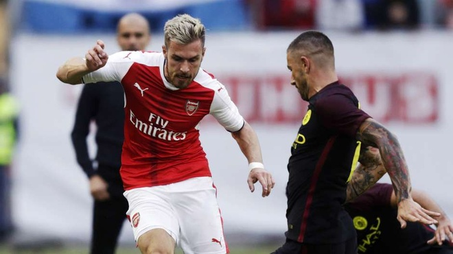 Ozil vang mat trong doi hinh ket hop Arsenal - Liverpool hinh anh 7
