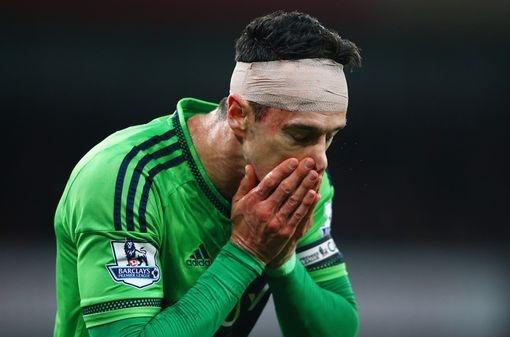 Chuyen nhuong 16/8: Mourinho chot xong tuong lai Blind, Mata hinh anh 13