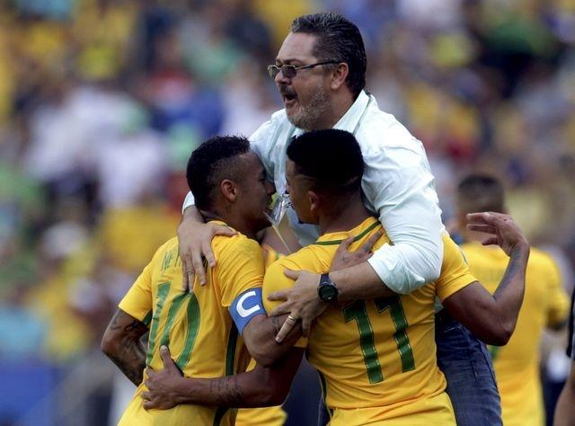 U23 Brazil gianh ve vao chung ket bang chien thang 6 sao hinh anh 9
