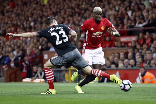 Paul Pogba: 'Hanh phuc la khi duoc choi cho United' hinh anh 1