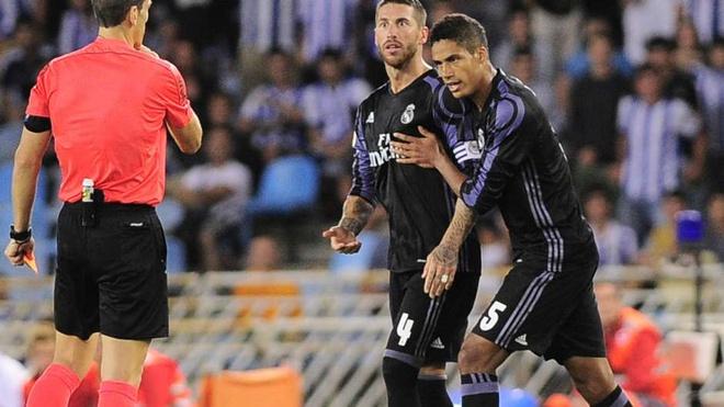 Real ap dao Barca trong doi hinh tieu bieu vong 1 La Liga hinh anh 4