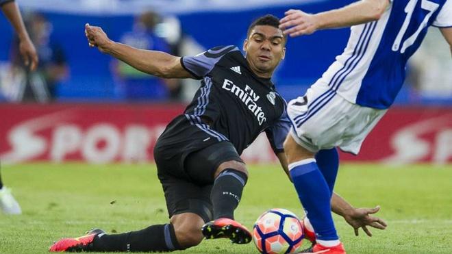 Real ap dao Barca trong doi hinh tieu bieu vong 1 La Liga hinh anh 6
