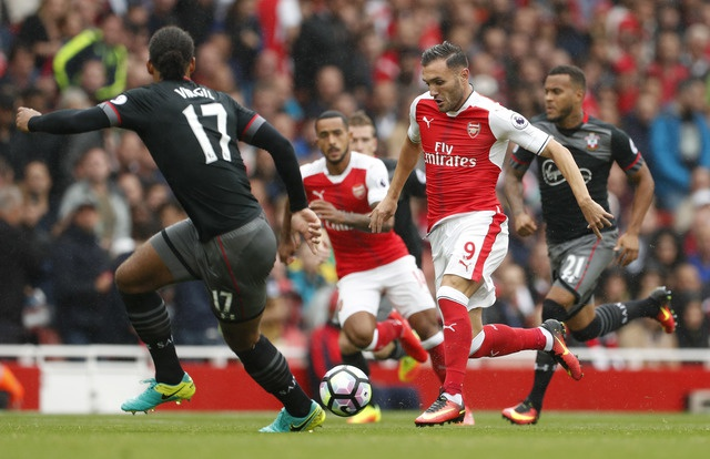 Tan binh choi mo nhat, Arsenal nhoc nhan vuot ai Southampton hinh anh 9