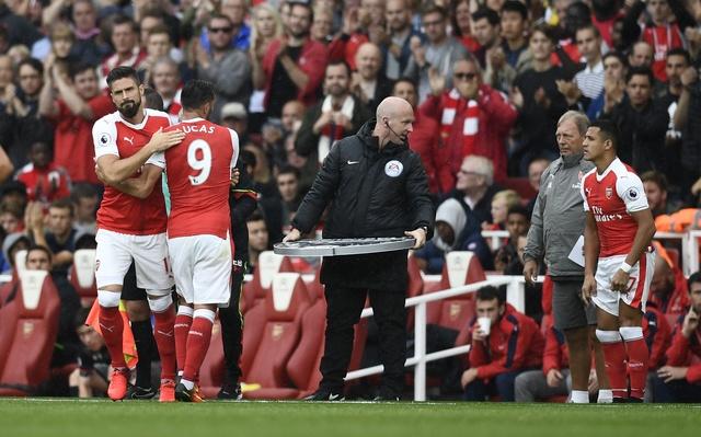 Tan binh choi mo nhat, Arsenal nhoc nhan vuot ai Southampton hinh anh 16