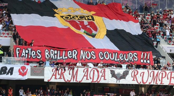 Balotelli lap sieu pham dua Nice tro lai so mot Ligue 1 hinh anh 11