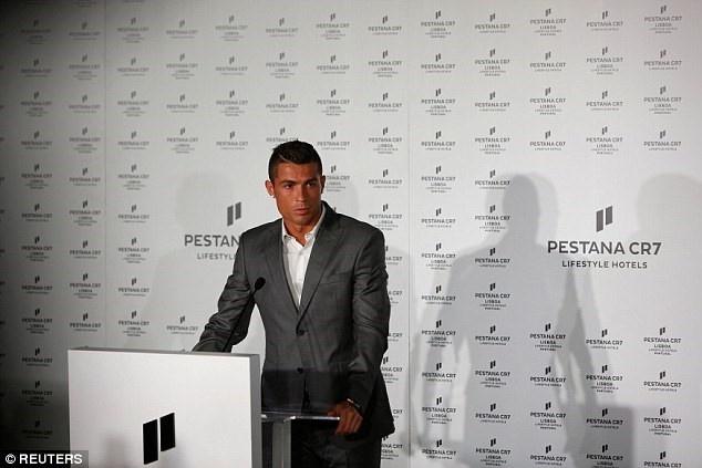 Khach san cua Ronaldo co chi phi dat do hinh anh 1