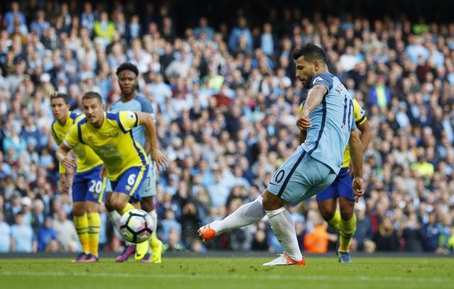 Da hong 2 qua 11 m, Man City bi Everton cam hoa 1-1 hinh anh 21