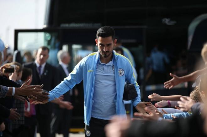 Da hong 2 qua 11 m, Man City bi Everton cam hoa 1-1 hinh anh 7