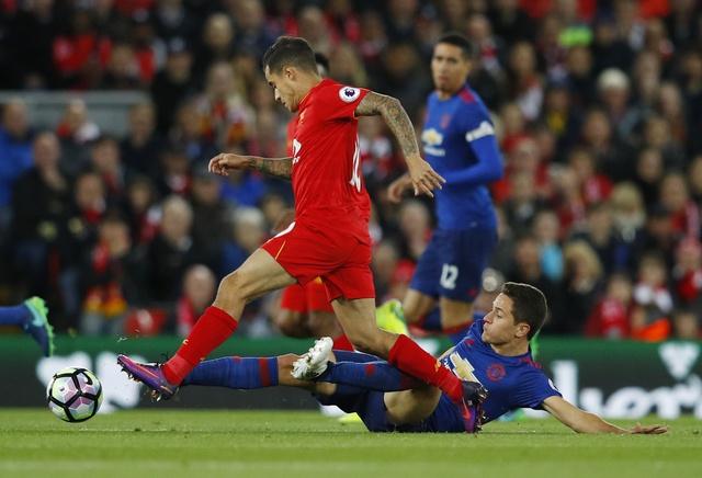 De Gea hoa nguoi hung cuu MU khoi tran thua truoc Liverpool hinh anh 18