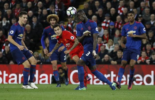 De Gea hoa nguoi hung cuu MU khoi tran thua truoc Liverpool hinh anh 31