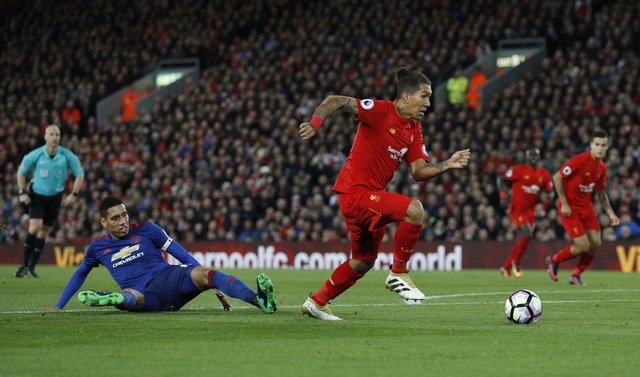De Gea hoa nguoi hung cuu MU khoi tran thua truoc Liverpool hinh anh 32