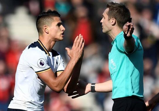 Tottenham bo lo co hoi len ngoi dau sau tran hoa Bournemouth hinh anh