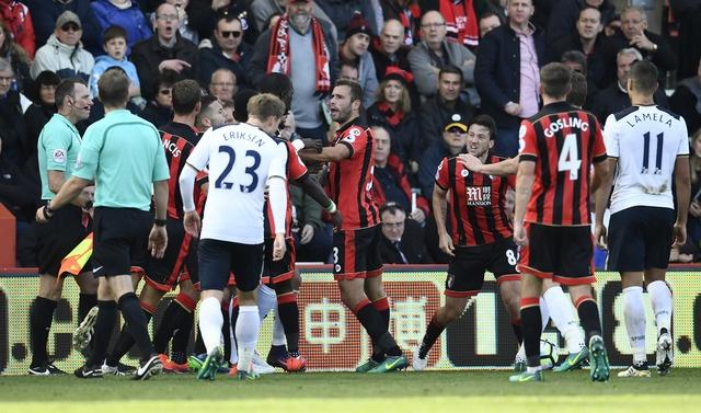 Tottenham bo lo co hoi len ngoi dau sau tran hoa Bournemouth hinh anh 28