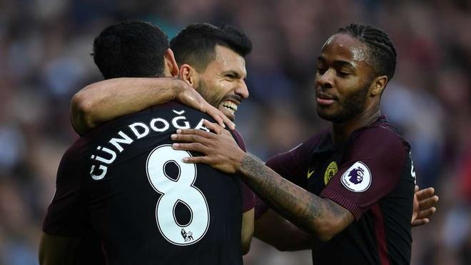 Arsenal thong tri doi hinh tieu bieu Ngoai hang Anh vong 10 hinh anh 11