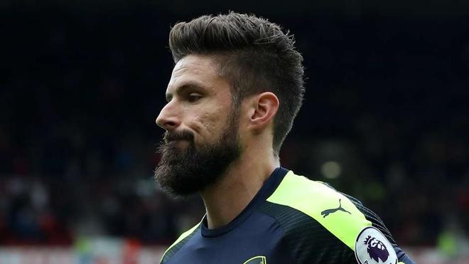 Arsenal thong tri doi hinh tieu bieu Ngoai hang Anh vong 10 hinh anh 12