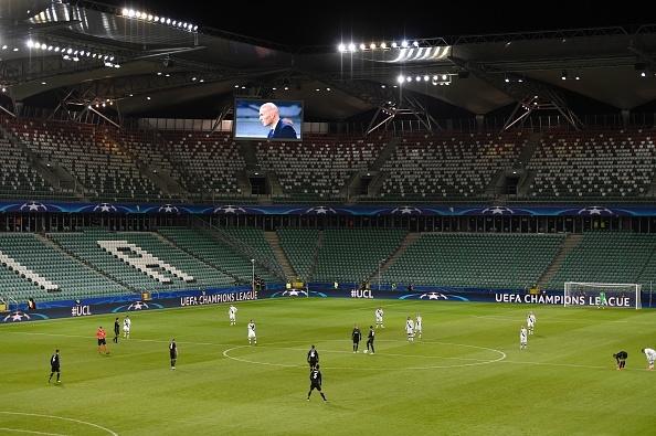 Real Madrid bi Legia cam hoa 3-3 trong tran mua sieu pham hinh anh 12