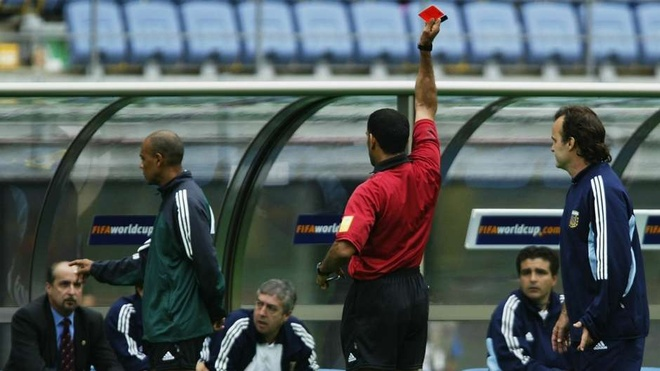 Ronaldinho, Messi va nhung tam the do dang nho trong lich su hinh anh 5