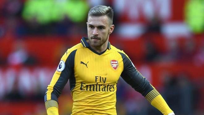 Oezil, Ramsey vao doi hinh te nhat vong dau Premier League hinh anh 11