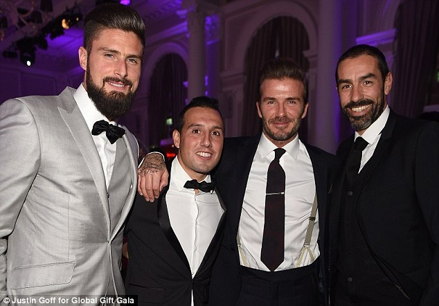 Beckham chup anh voi Giroud anh 2
