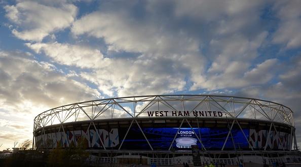 Sanchez ghi hat-trick, Arsenal vui dap West Ham 5-1 hinh anh 7