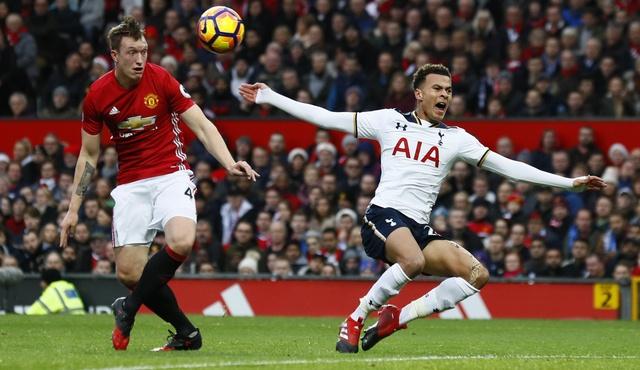 MU vs Tottenham (1-0): Chien thang kem vui hinh anh 13