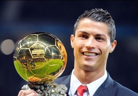 'Messi thua Ronaldo vi Qua bong vang la danh hieu tap the' hinh anh