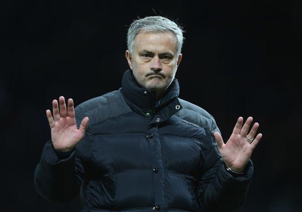 Chuyen nhuong 13/12: Mourinho noi khong voi chuyen nhuong hinh anh