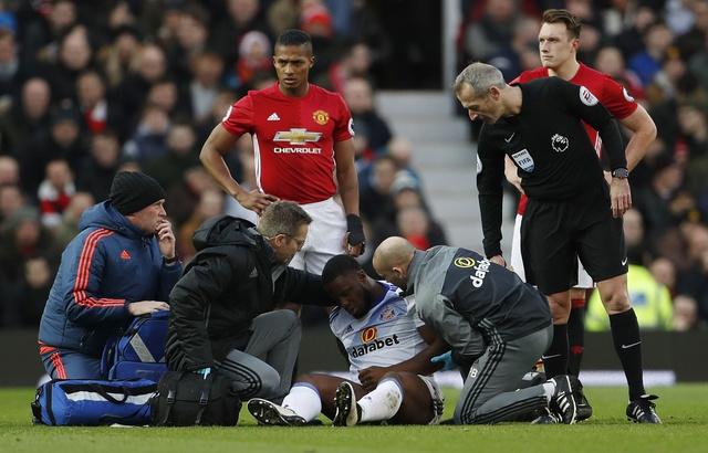 MU vs Sunderland (3-1): Mkhitaryan lap sieu pham hinh anh 10