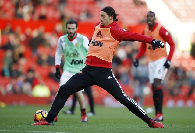 MU vs Sunderland (3-1): Mkhitaryan lap sieu pham hinh anh 8