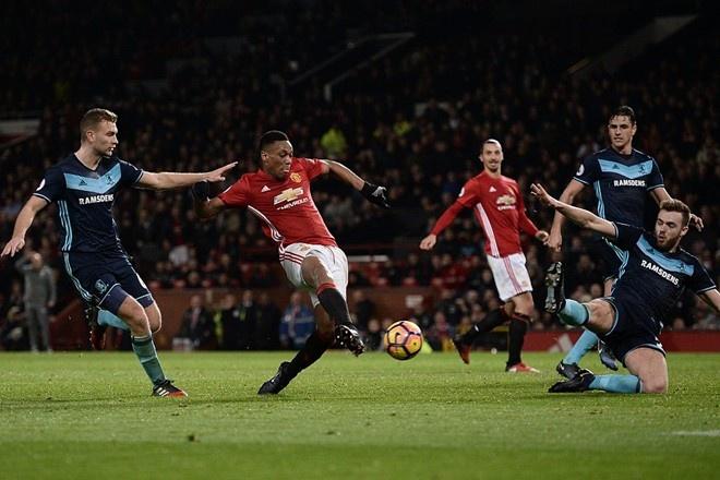 West Ham vs MU (0-2): Dau an trong tai hinh anh 2