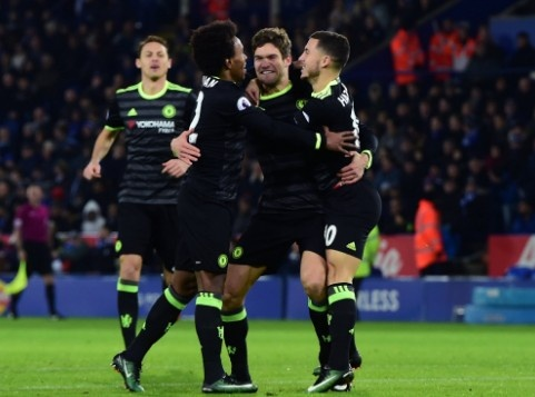 Leicester vs Chelsea (0-3): Marcos Alonso lap cu dup hinh anh 15
