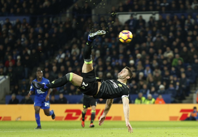 Leicester vs Chelsea (0-3): Marcos Alonso lap cu dup hinh anh 19