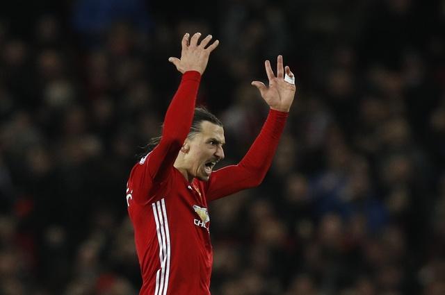 MU vs Liverpool (1-1): Ibrahimovic chuoc loi cho Pogba hinh anh