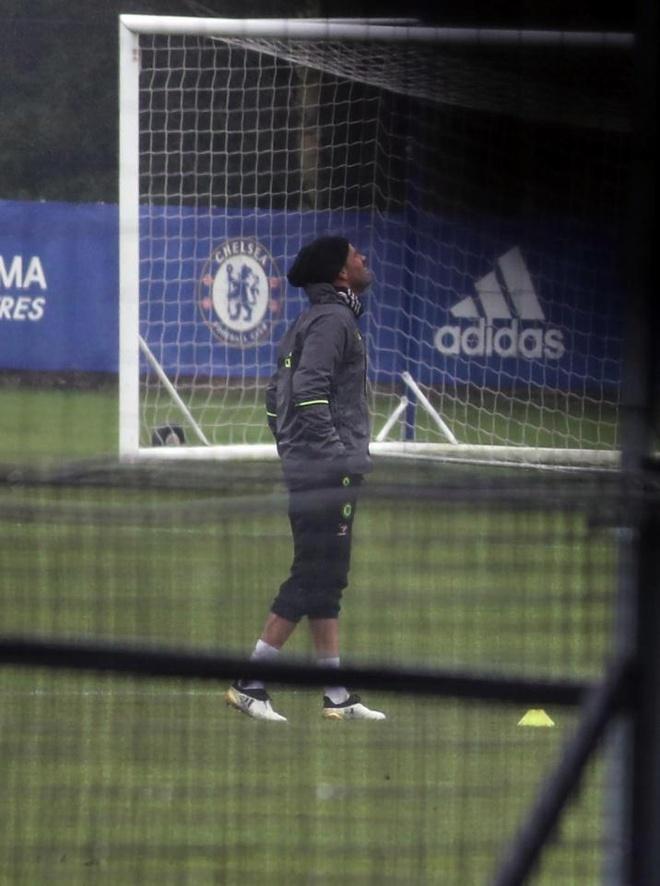 Diego Costa bi cach ly khoi doi mot Chelsea hinh anh 5